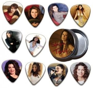 Shania Twain 10 Guitar Pics And Tin